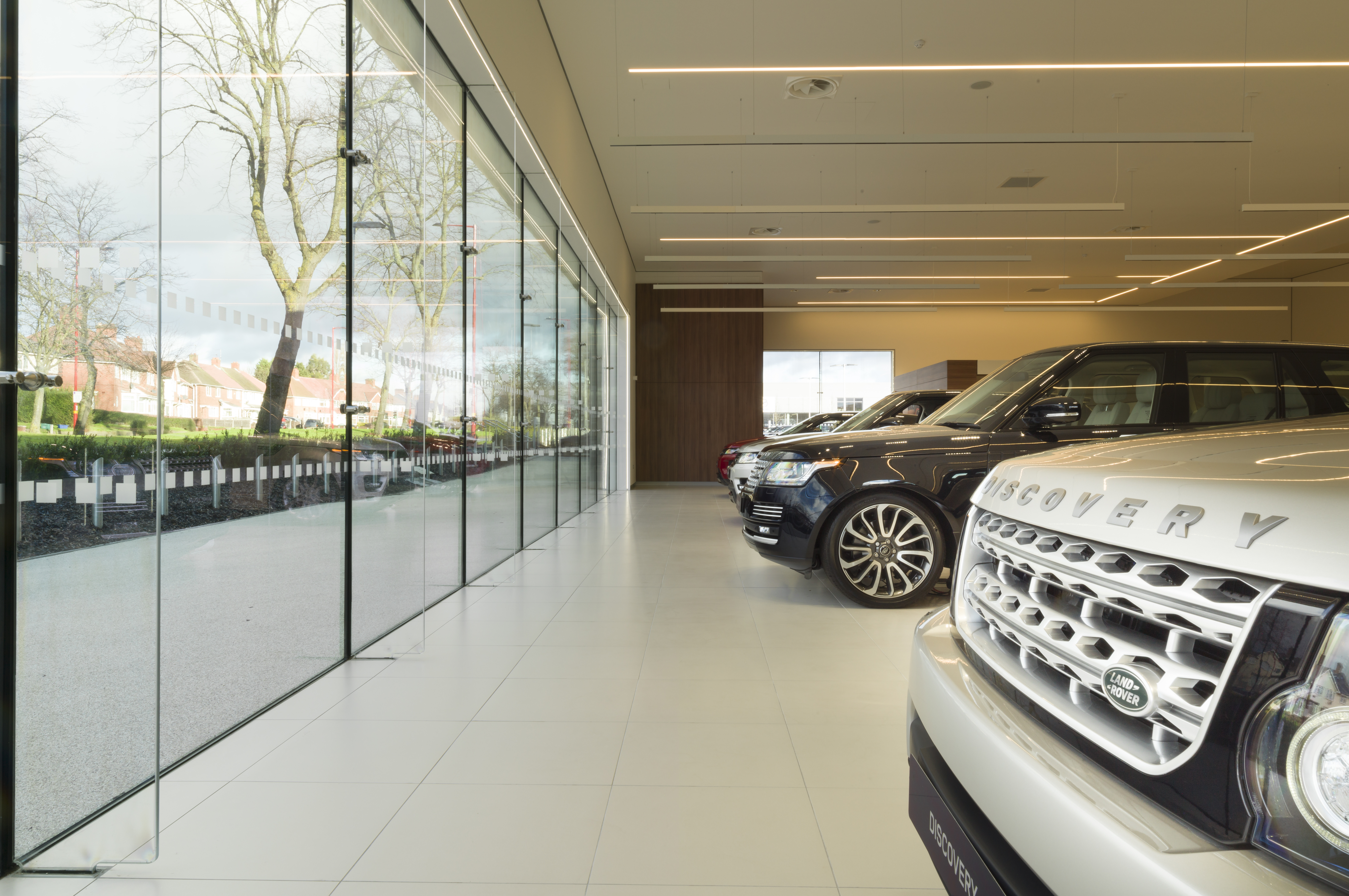 luxury scales dealerships of car dealership heights colchester publish land with magazine new plus retail lookers rover landrover dealer